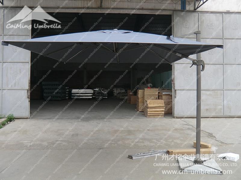 Aluminum Cantilever Square style Umbrella