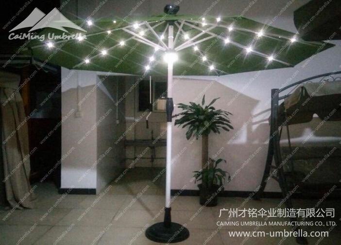 Aluminum Middle Column Round Umbrella With LED
